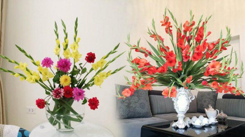 Cắm hoa lau ơn trong lọ trên bàn