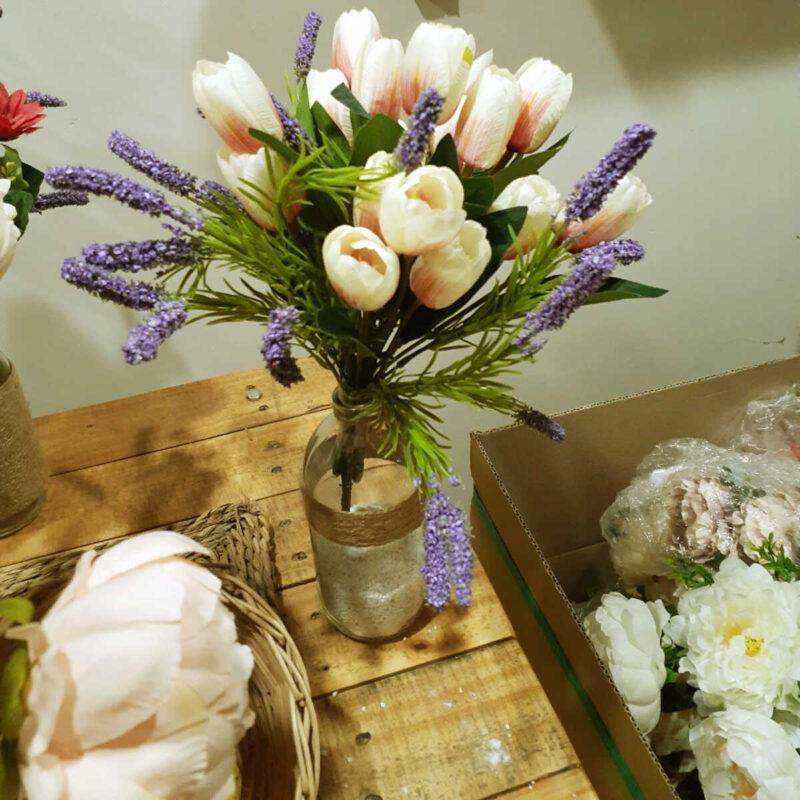 Cach Cam Hoa Tulip 1 800x800